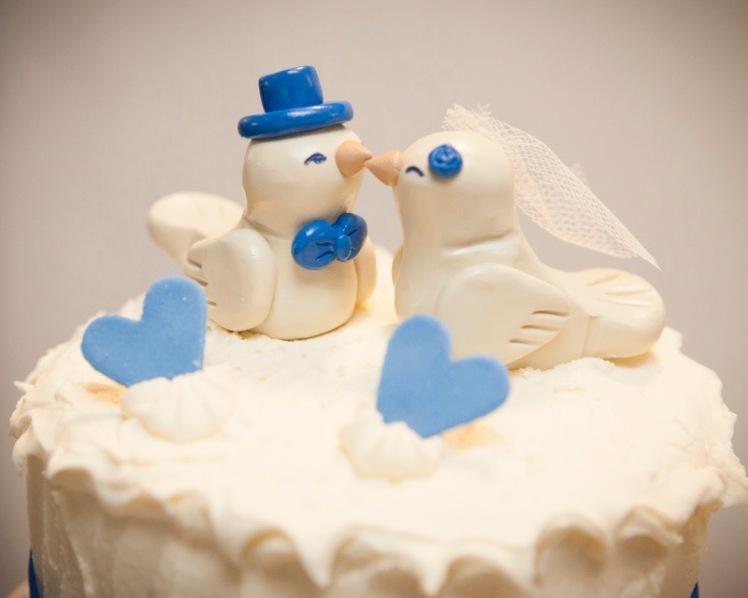 Wedding Cake Topper Birds Blue Hearts Veil Hat Bride Groom www.etsy.com